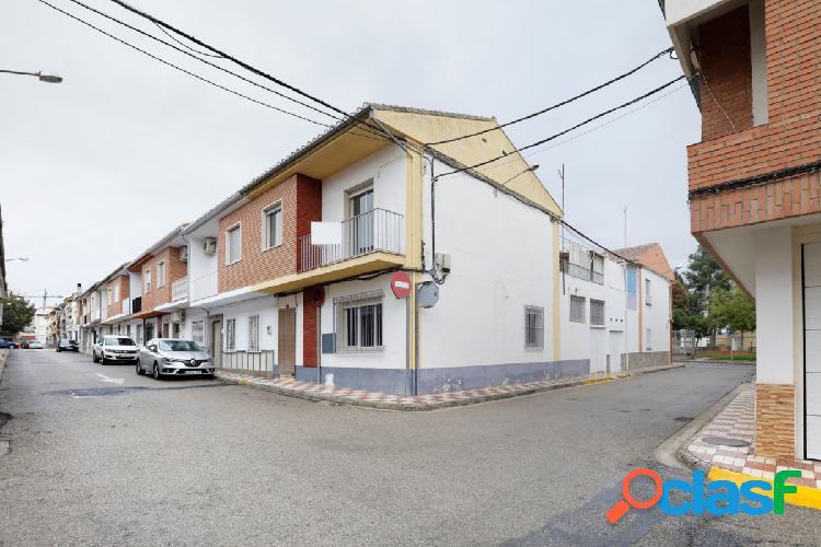 Espectacular adosada en una de las mejores zonas de Albolote