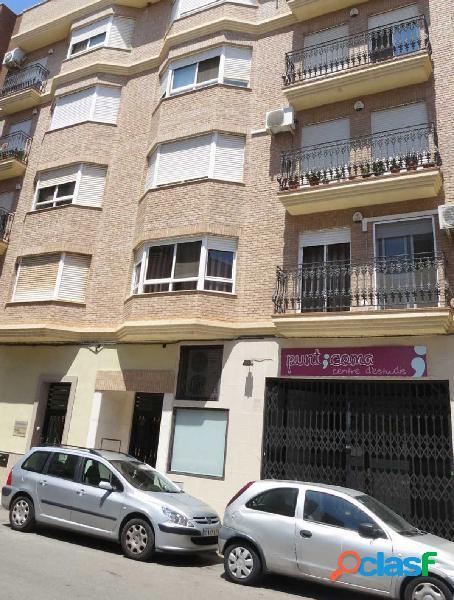 Local de alquiler en Zona Mercado