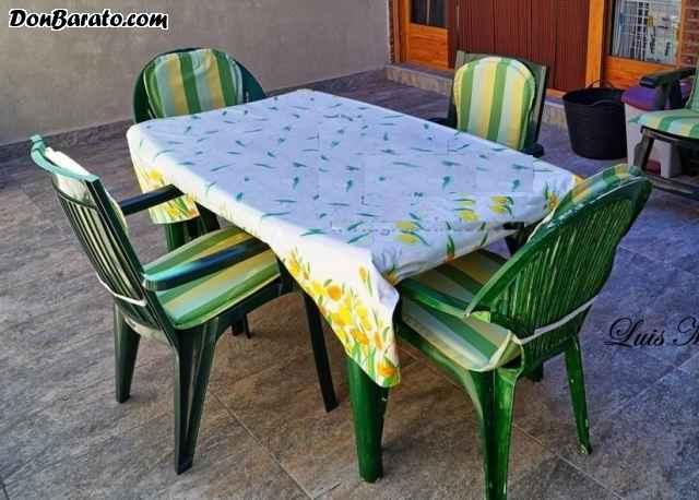 Mesa extensible jardín con sillas