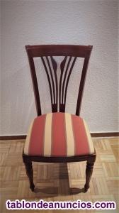 Mesa, sillas y aparador de madera