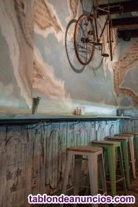 Se traspasa negocio bar / restaurante en plaza mayor de