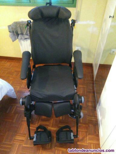 """Vendo silla de ruedas """"rea clematis"""""""