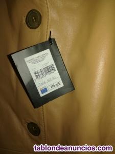 Vendo chaqueta de piel de mujer completamente nueva