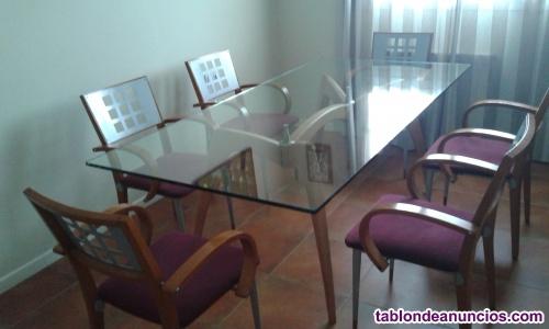 Mesa de madera y cristal + 6 sillas a juego