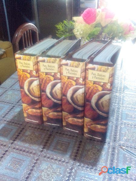 VENDO 4 ARCHIVADORES de pan dulces y pasteles por solo 8