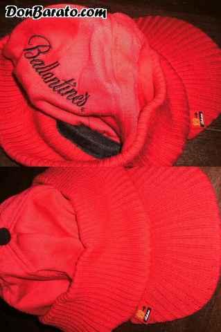 Gorra de lana con publicidad de wisky ballantines