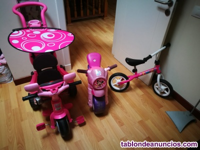 Dos correpasillos más una bicicleta
