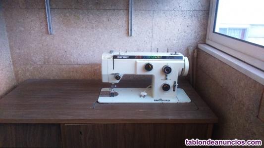 Vendo maquina de coser refrey