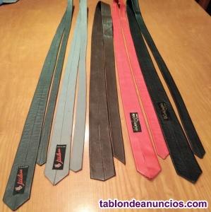 Vendo lote de 5 corbatas de piel