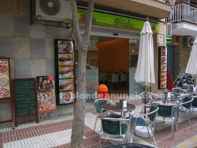 Cafeteria crosanteria con terraza