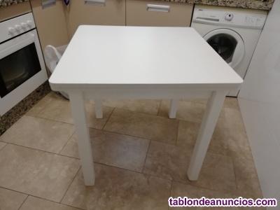 Vendo mesa cuadrada de 80 y mesa semicircular de 80