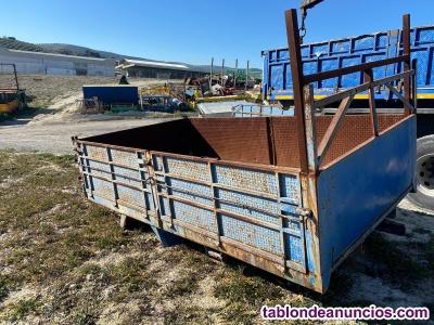 Caja de camion 4m con equipo basculante