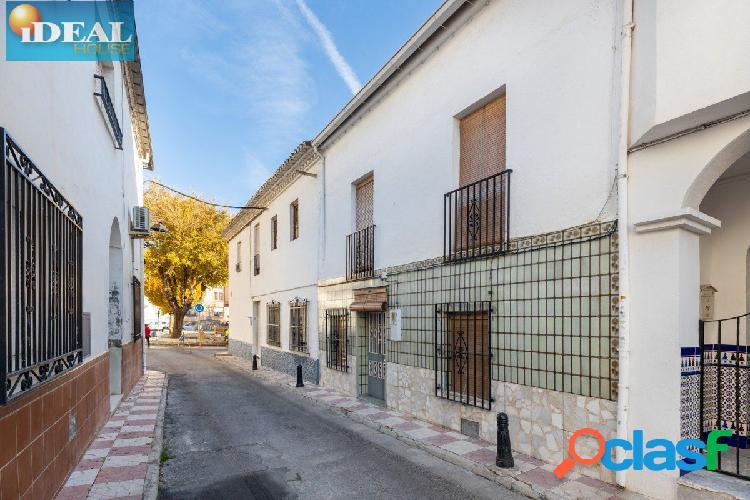 A6415J6. Casa en el centro de Churriana. www.idealhouse.es