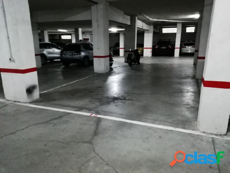 Amplia plaza de Garaje en Nicolás Esparza