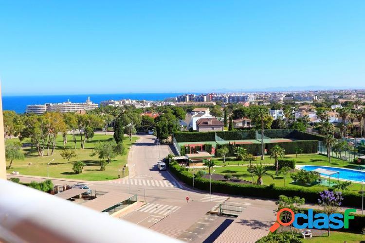 Apartamento con vistas al mar y orientación sur en