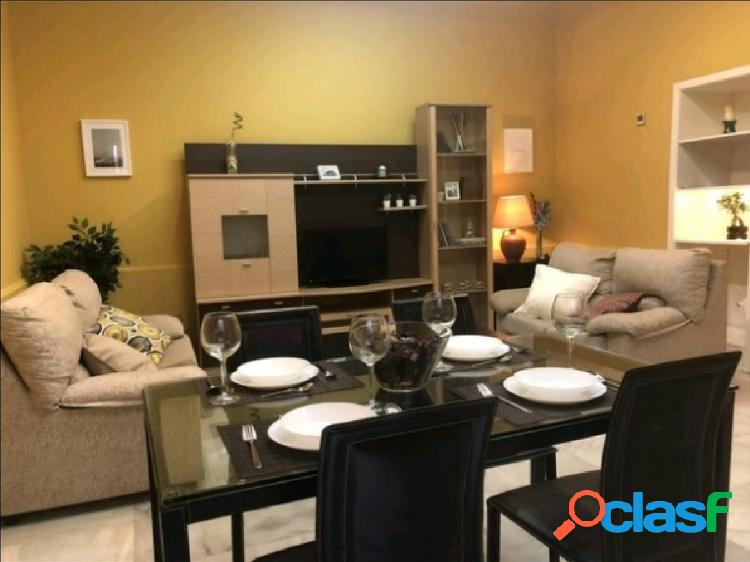 Apartamento en casa palacio en pleno centro de Sevilla
