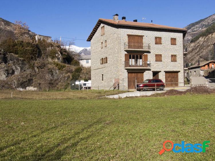 Apartamento en venta en Ginast entre Vielha y El Pont de