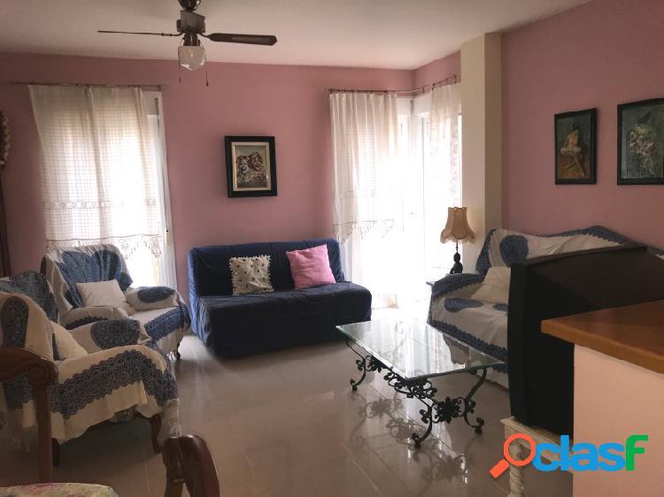 Bonito piso de dos dormitorios en el centro de Rincón de la