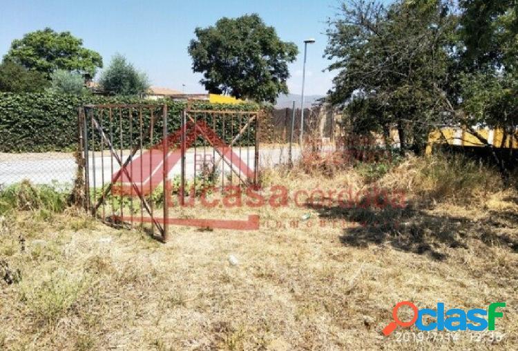 CASA DE CAMPO CON TERRENO EN CONSTRUCCIÓN