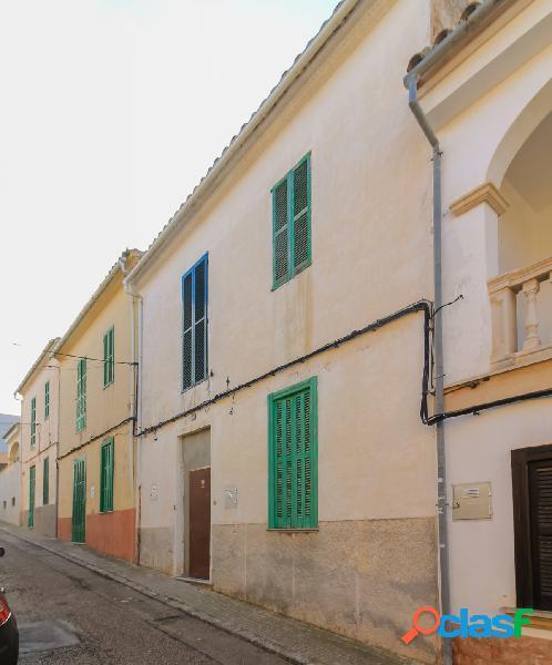 Casa con dos viviendas en Palma, Sant Jordi.