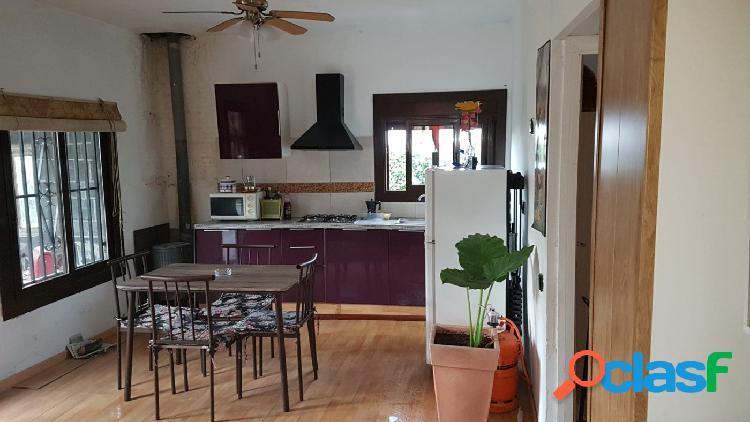 Casa con terreno en venta en Maçanet de la Selva