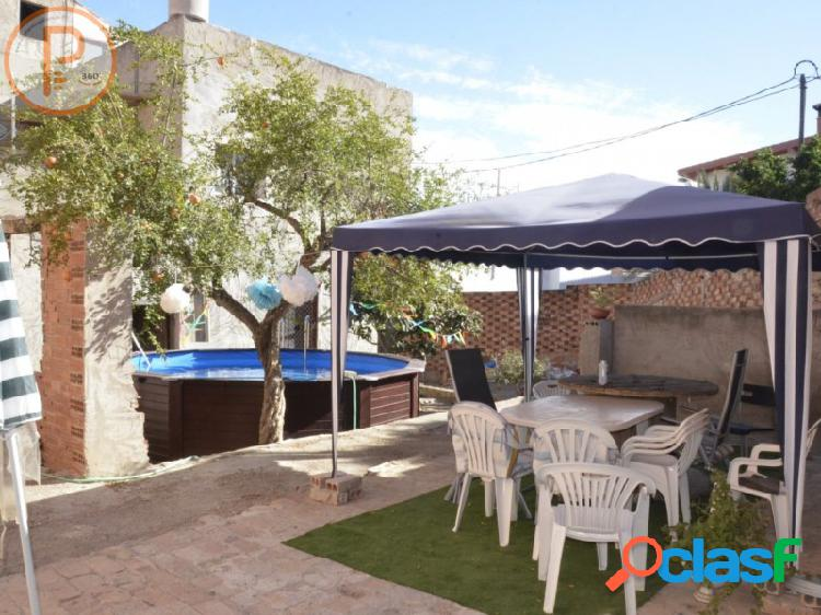 Casa en venta a reformar en Monteagudo, Murcia. Viviendas