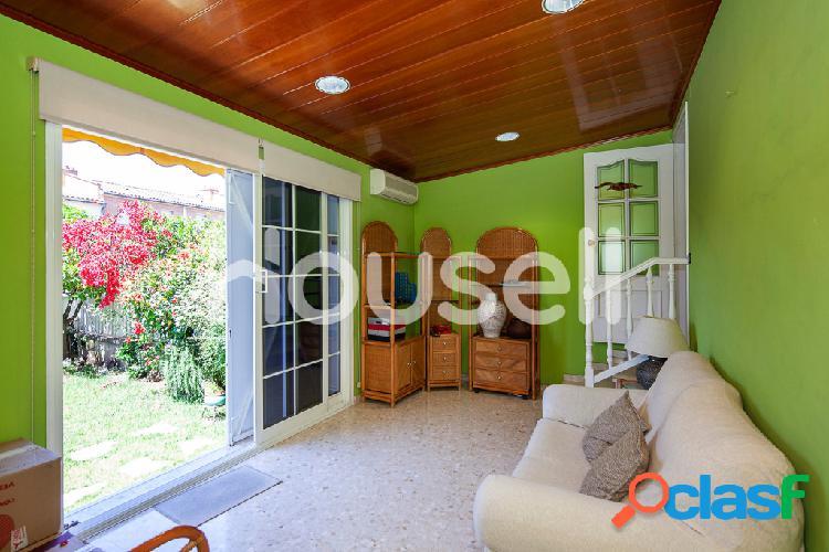 Casa en venta de 250 m² en Calle Elvis Presley, 08915