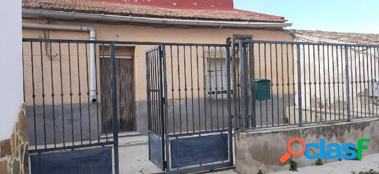 Casa para reformar con parcela en Patiño