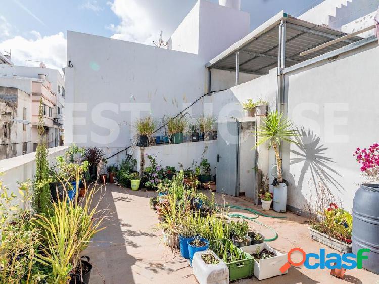 Casa terrera en venta en San Isidro, Galdar.