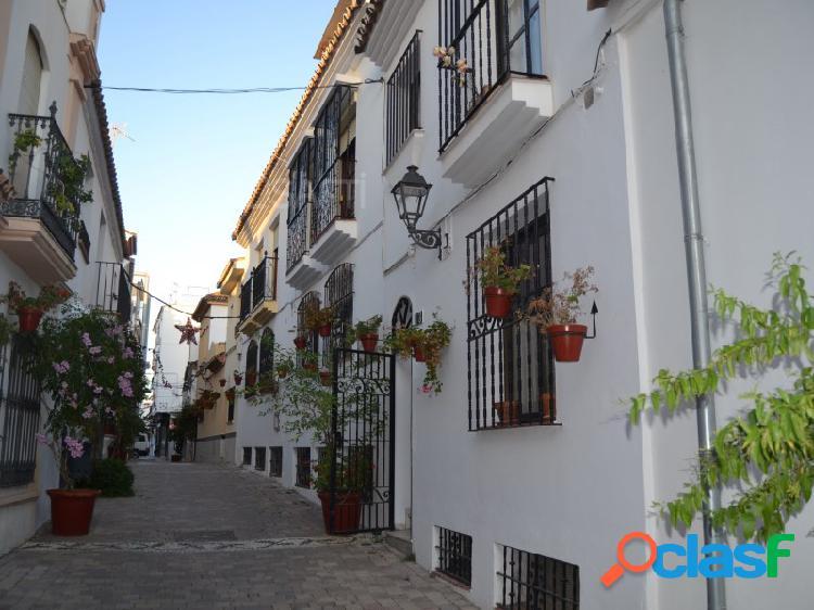 Casa tipo Andaluz en el casco antiguo de Estepona, con