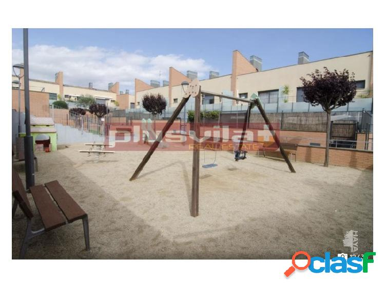 Chalet adosado seminuevo en venta Vilafranca del Penedes,