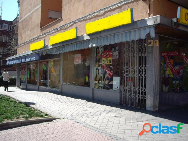 EXCLUSIVAS ROMERO, comercializa local comercial de esquina
