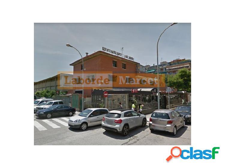 Edificio en venta ubicado en el Prat de Llobregat.