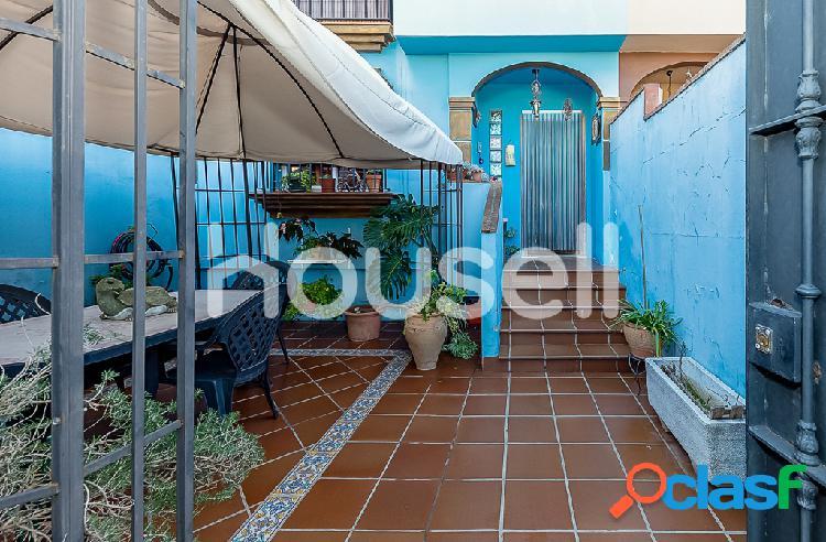 Espaciosa casa en venta de 132 m² en Calle Abedules, 11370
