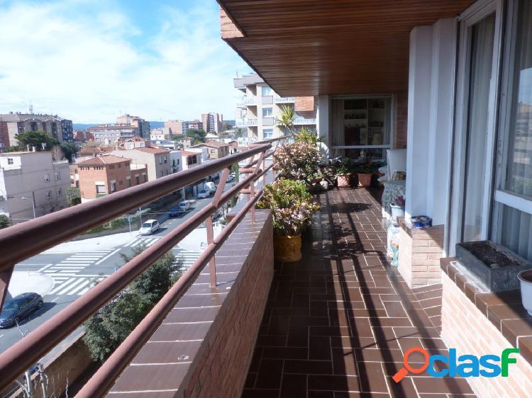 Espectacular PISO de 240 m2 en la mejor zona de Igualada con