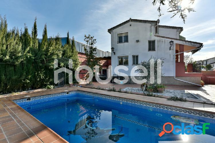 Espectacular casa en venta de 250 m² en Calle Pintor miguel