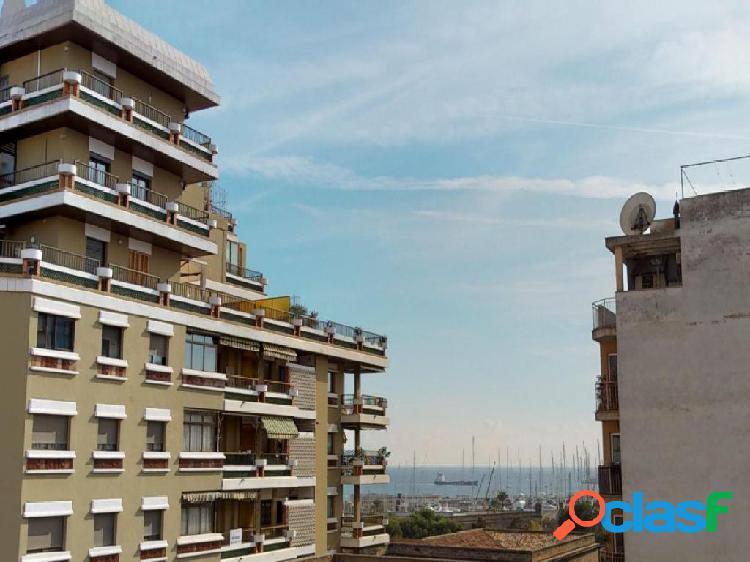 Espectacular piso con vistas al mar y Paseo Mallorca- SE