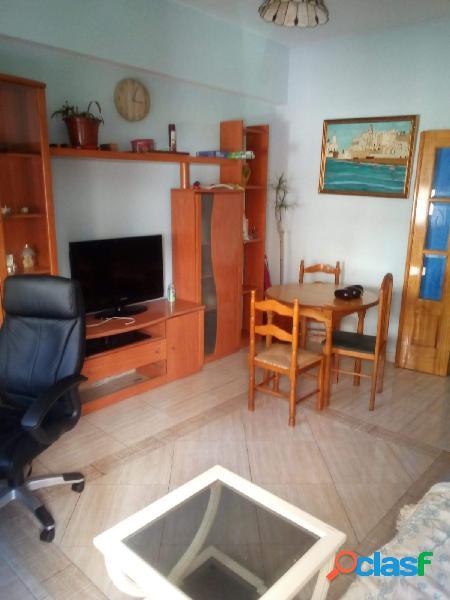 Estupendo 3 dormitorios en pleno centro Adra