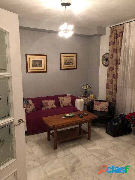 Estupendo piso reformado en zona Capuchinos con