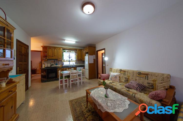 Fabuloso apartamento amplio y luminoso de 3 dormitorios