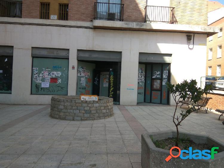 Local comercial cerca de la Avenida Barcelona