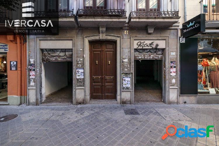 Local comercial de 150 m2 en San Juan de Dios, a pocos