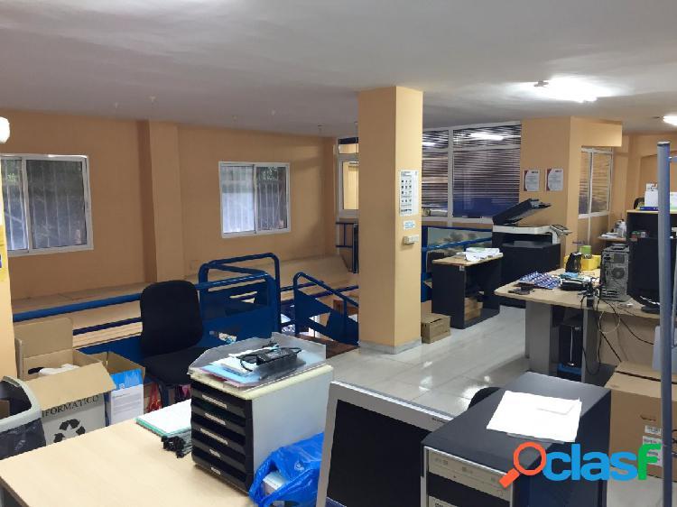 Local comercial de 239 m2 en zona El Ejido