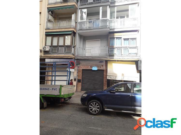 Local en Alquiler en Avenida de Barcelona. Instalado