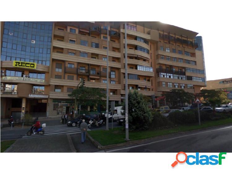 Local en una de las Avenidas más conocidas de la ciudad.