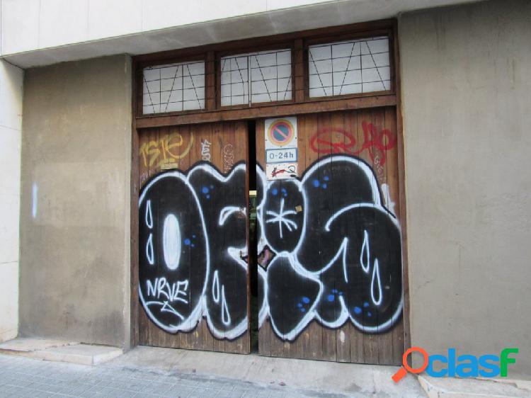 Local en venta en el barri de Gràcia