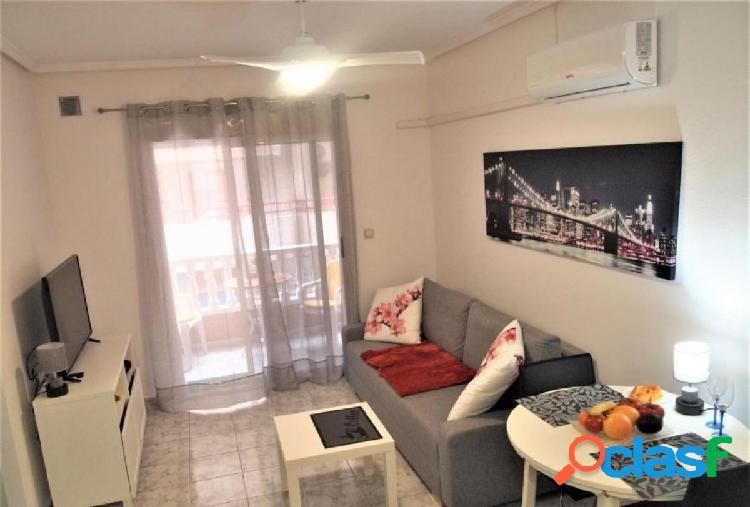 Luminoso apartamento, recién reformado en playa del Cura,