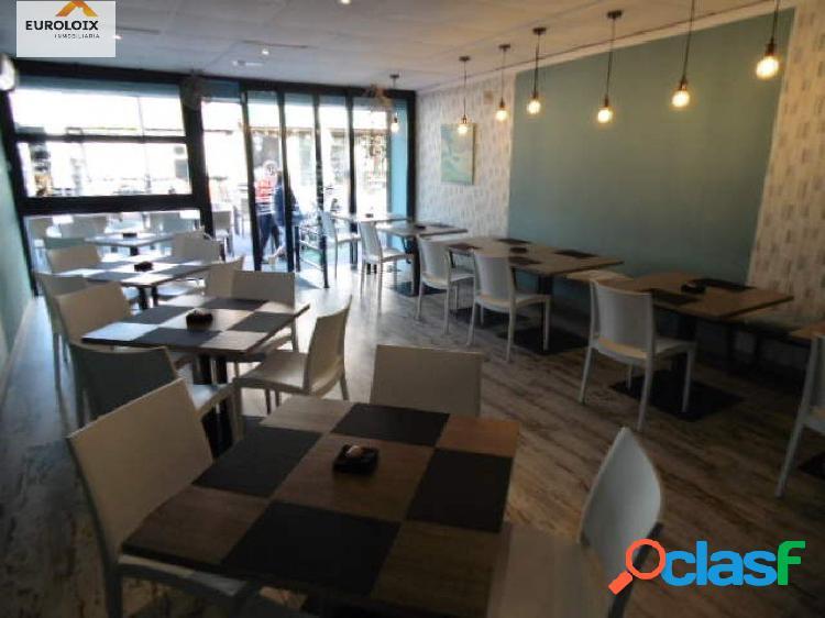 Moderno gastro-bar en el centro de Benidorm.www.euroloix.com