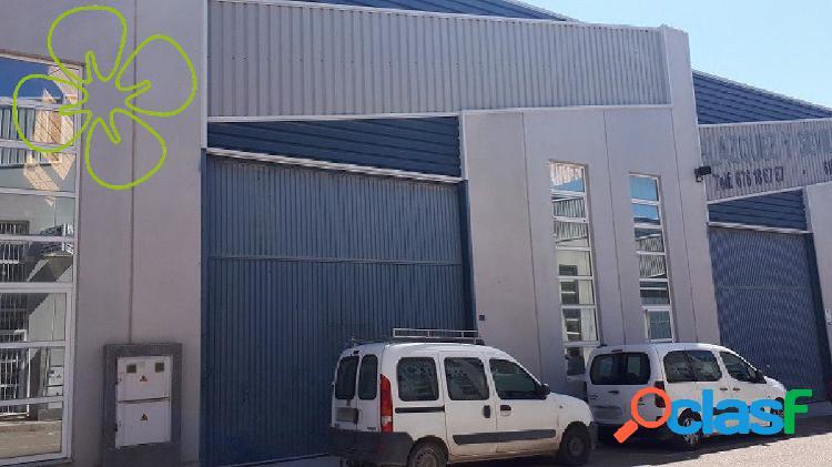 Nave Industrial en venta en Polígono Industrial Saprelorca,
