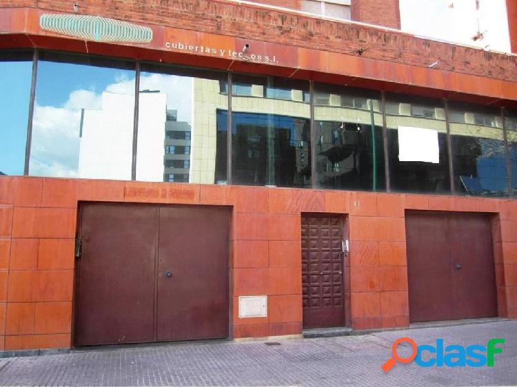 OPORTUNIDAD DE BANCO - LOCAL COMERCIAL 100 M2 EN CALLE